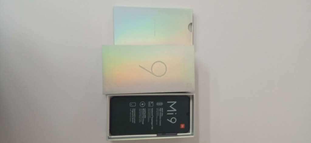Xiaomi Mi 9 6GB/128GB fialová ROZBALENO